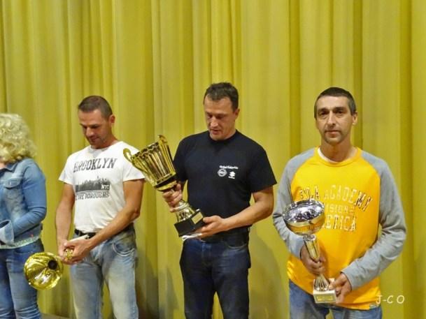 15 les champions (4)