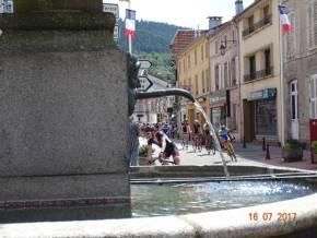 05 Passage-fontaine-travailleurs