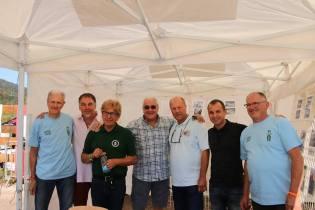 Jean-Pierre Munsch en vert et ses amis pilotes