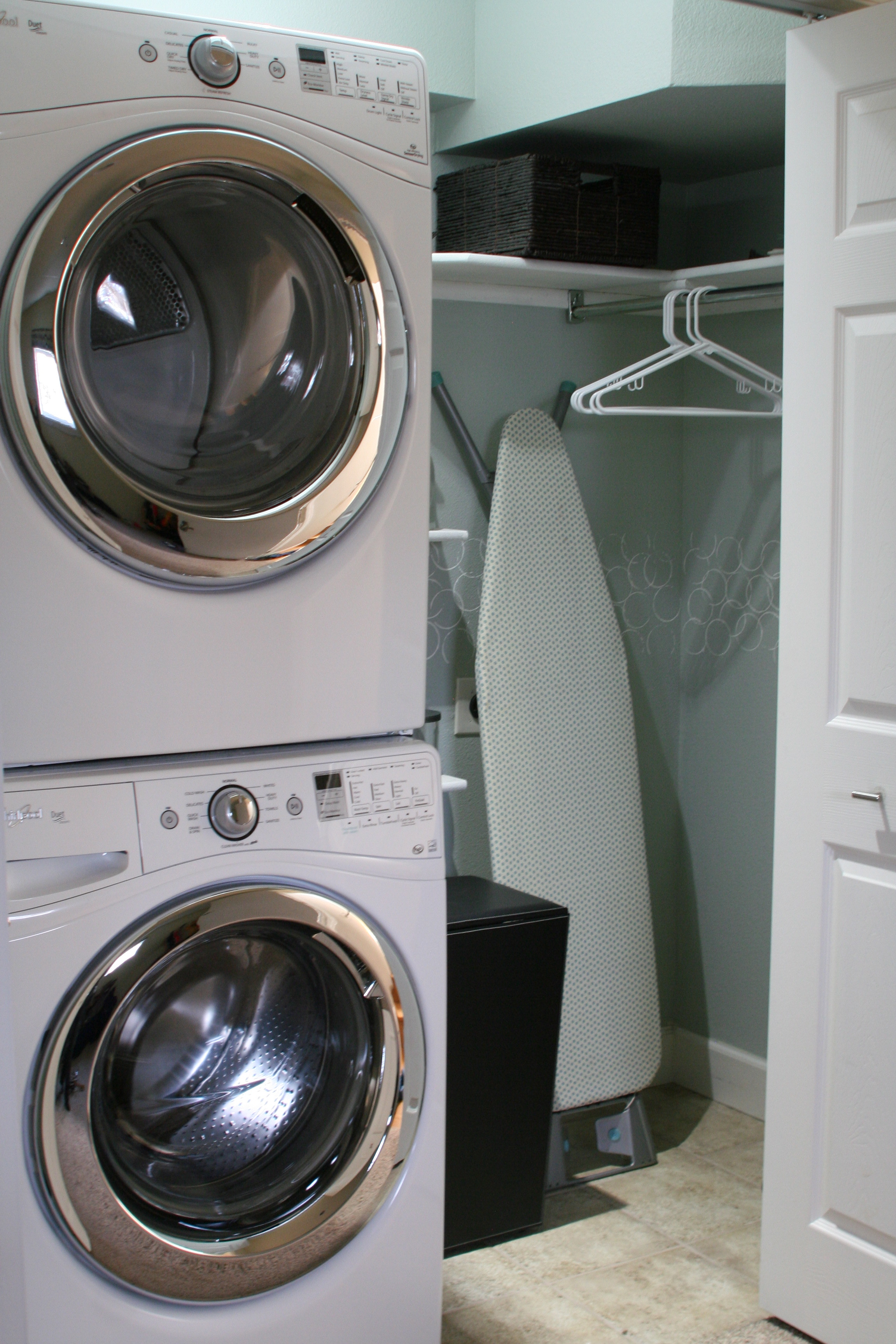 Washer And Dryer Calgary Small Laundry Room Makeover Remodelaholic Bloglovin