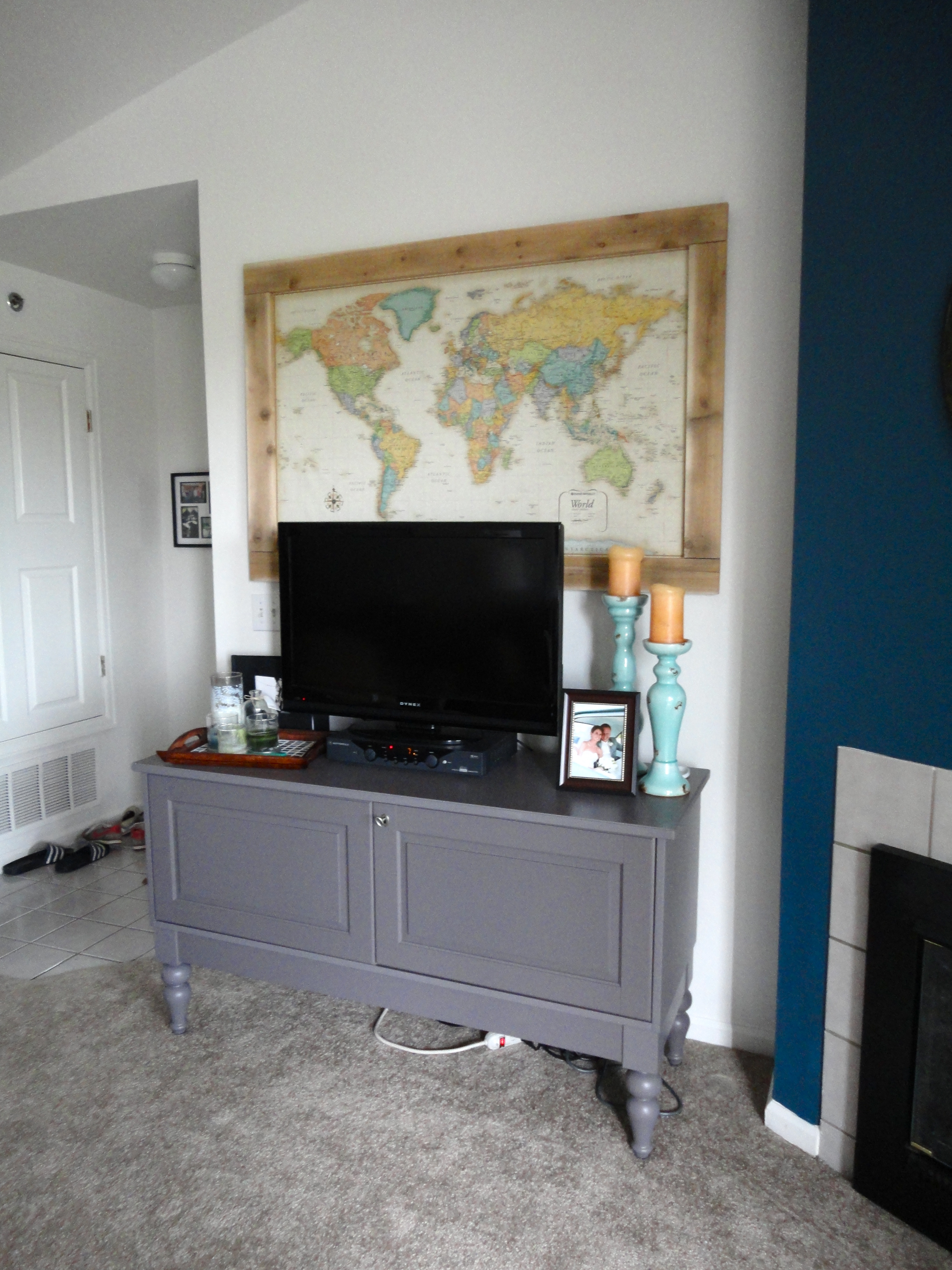 Hanging Art Above Tv Remodelaholic 60 Budget Friendly Diy Large Wall Decor Ideas