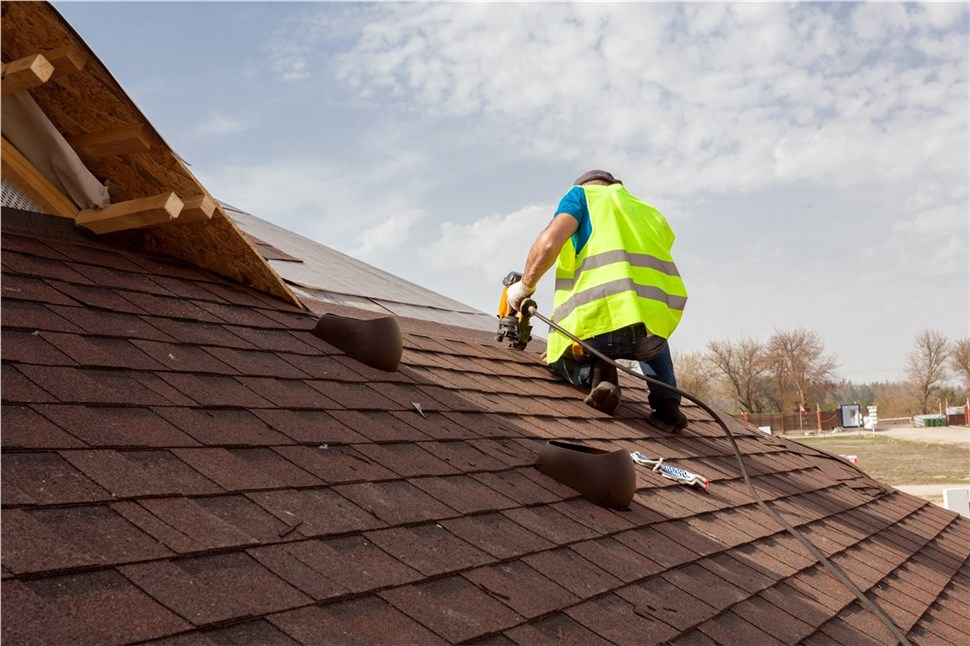 $250 Off  a Free Roof Tune Up - Cochran Exteriors