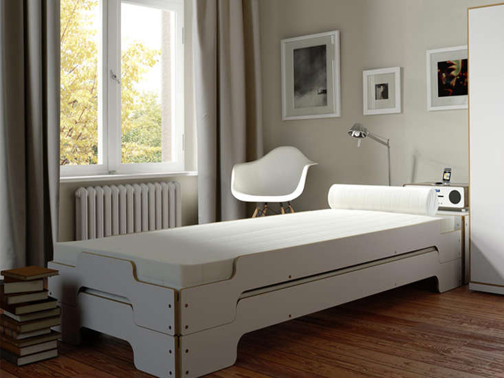 Müller Möbelwerkstätten Stackable Guest Beds For Small Spaces: Rolf Heide's