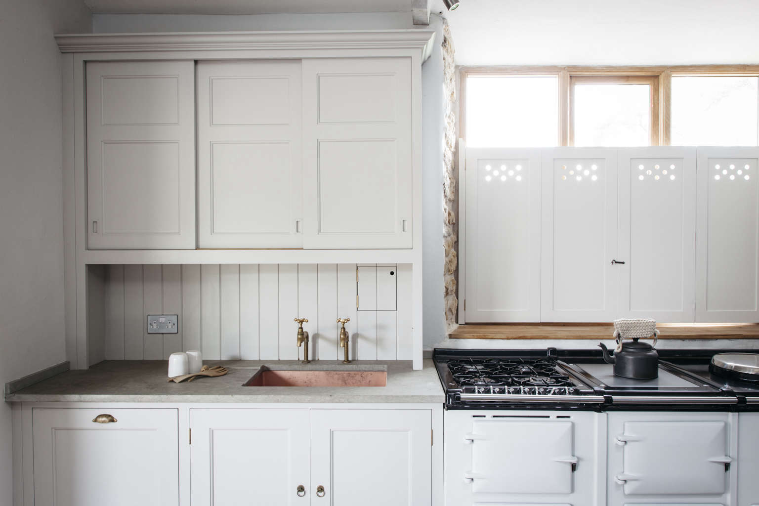 English Style Kitchen Kitchen Of The Week The Plain English Power In Numbers