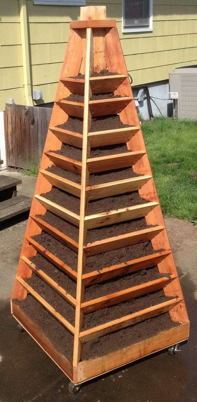 How to build a vertical garden pyramid tower for your next