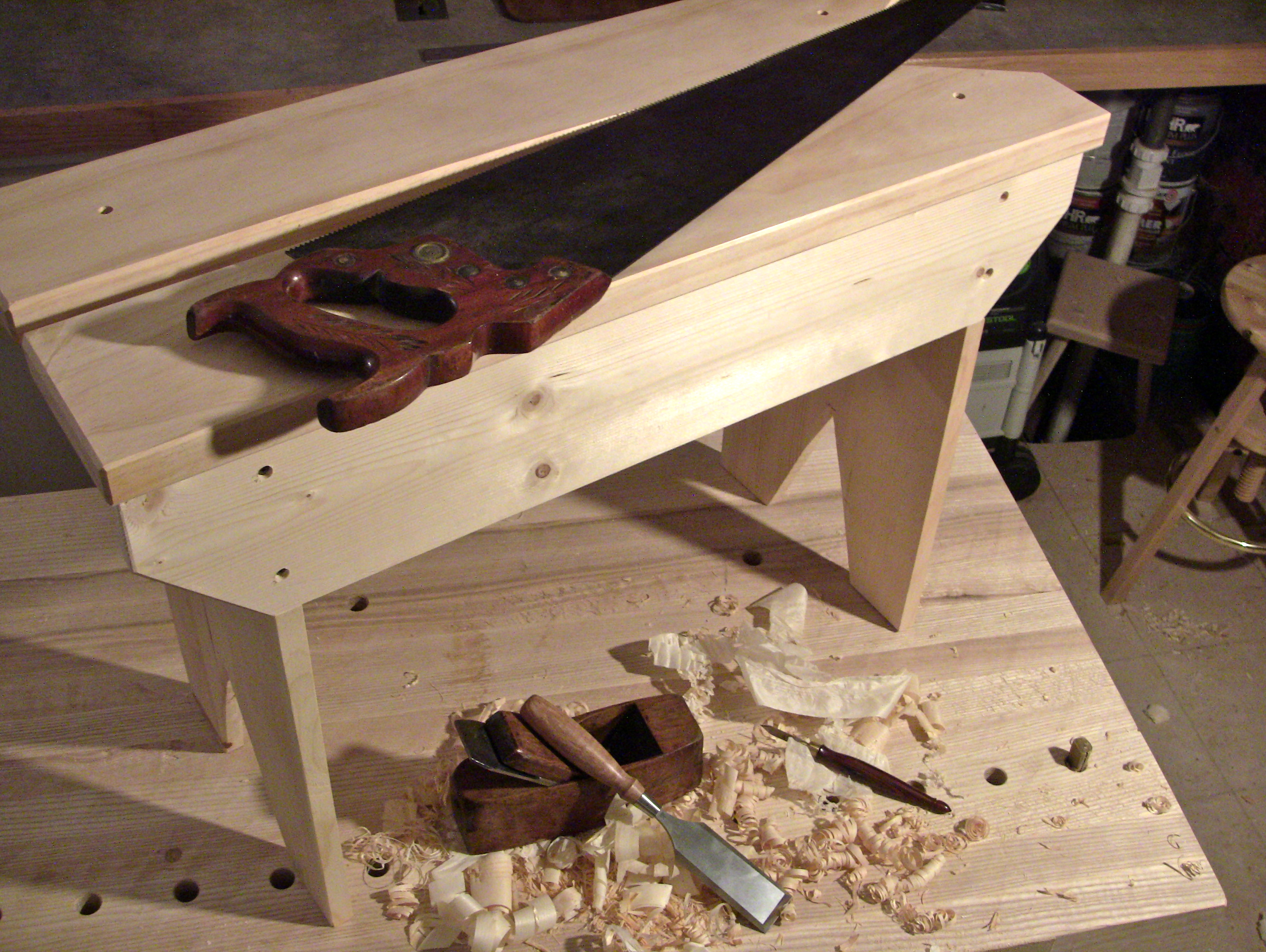 Woodworking Tool Bench Get Woodworkingnow The Renaissance Woodworker