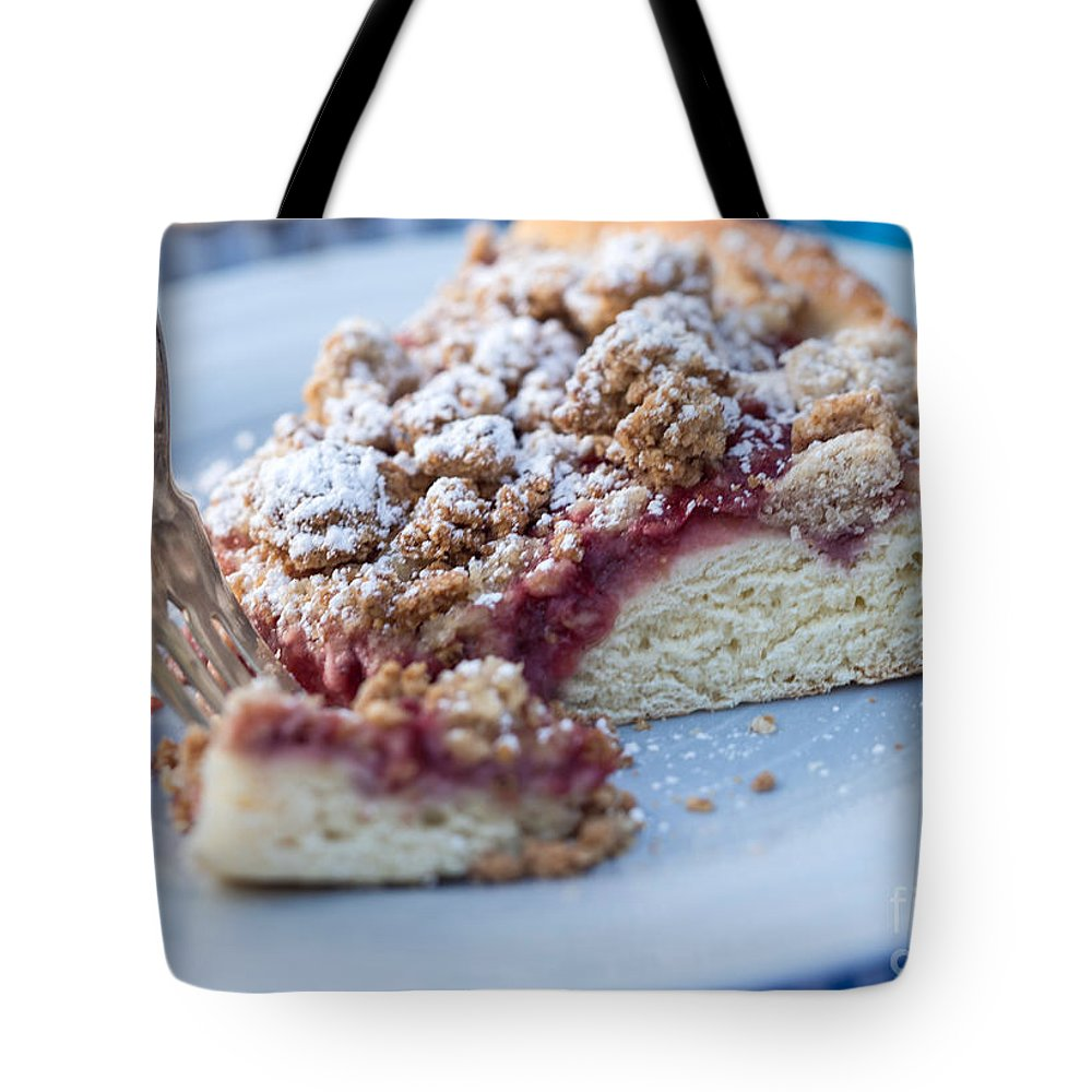 Küchen Sale Strawberry Streusel Kuchen Tote Bag