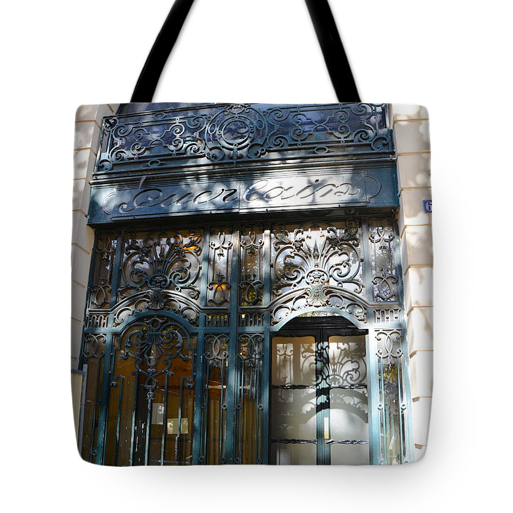 Boutique Deco Paris Paris Guerlain Storefront Boutique Paris Guerlain Blue Door Art Nouveau Art Deco Door Tote Bag