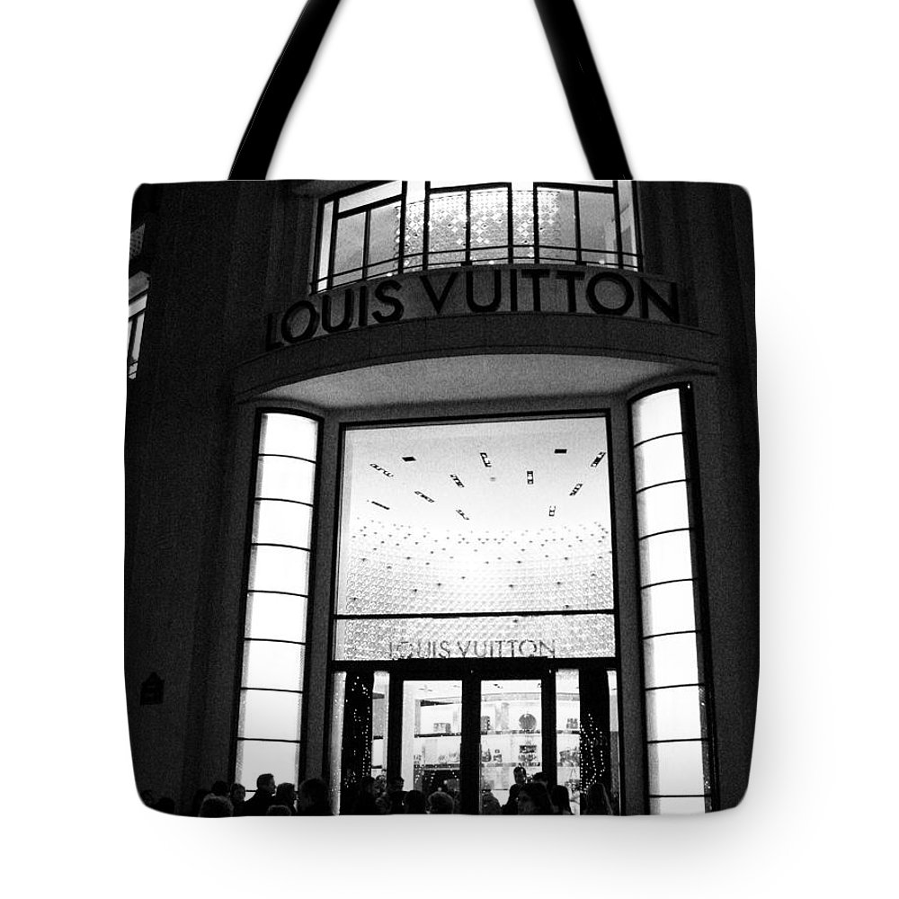 Boutique Deco Paris Paris Louis Vuitton Boutique Louis Vuitton Paris Black And White Art Deco Tote Bag