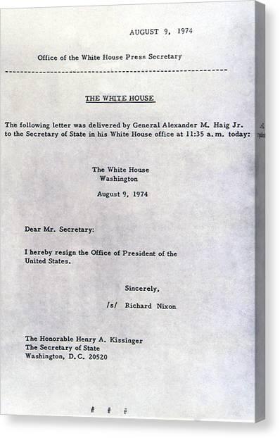 Richard Nixons Letter Of Resignation Photograph by Everett