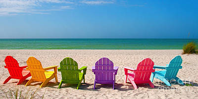 Adirondack Beach Chairs For A Summer Vacation In The Shell