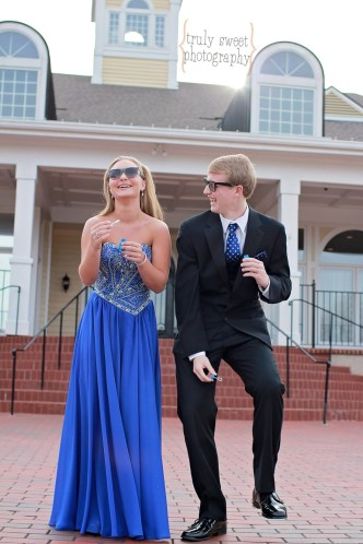 Silly Prom Photo | Friends in Sunglasses