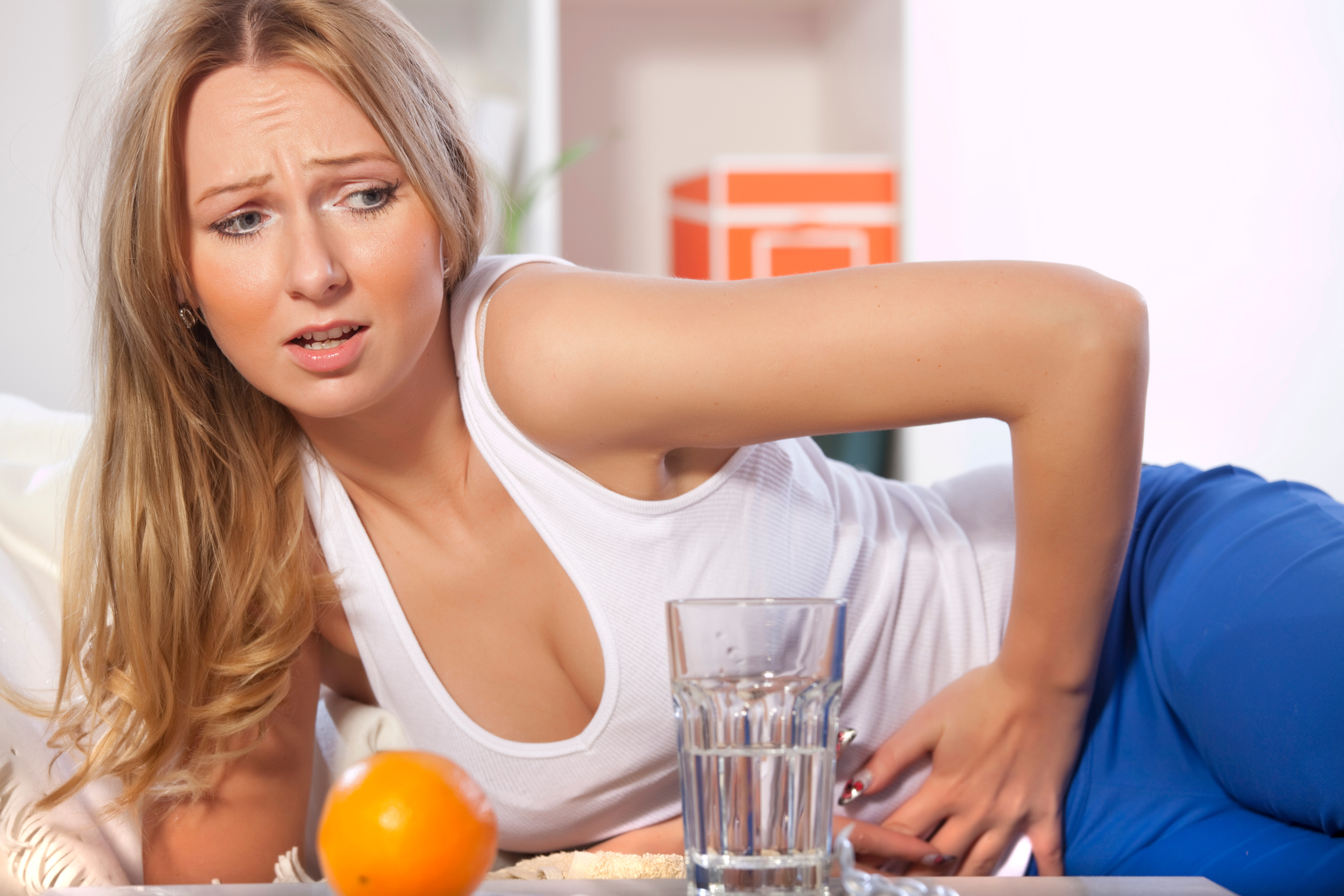 how to stop stomach noises after eating