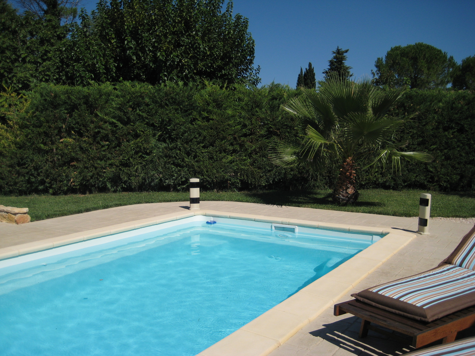 Comment Poser Du Travertin Poser Une Margelle De Piscine