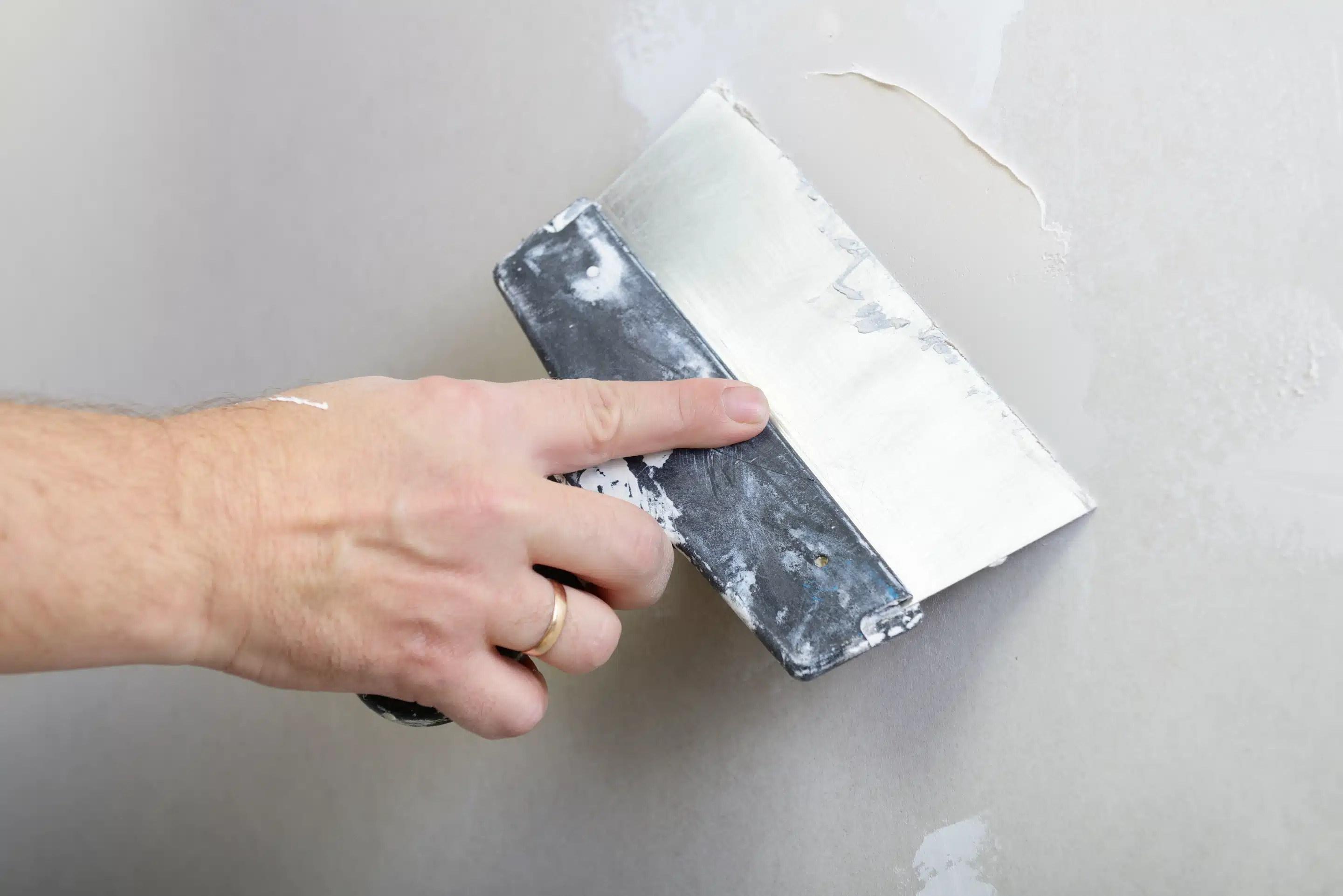 reboucher trou mur blanc reboucher trou crepi exterieur. Black Bedroom Furniture Sets. Home Design Ideas