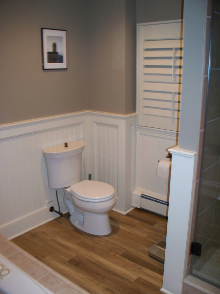 Design Toilet Classic New England Bath Featuring Two Person Shower