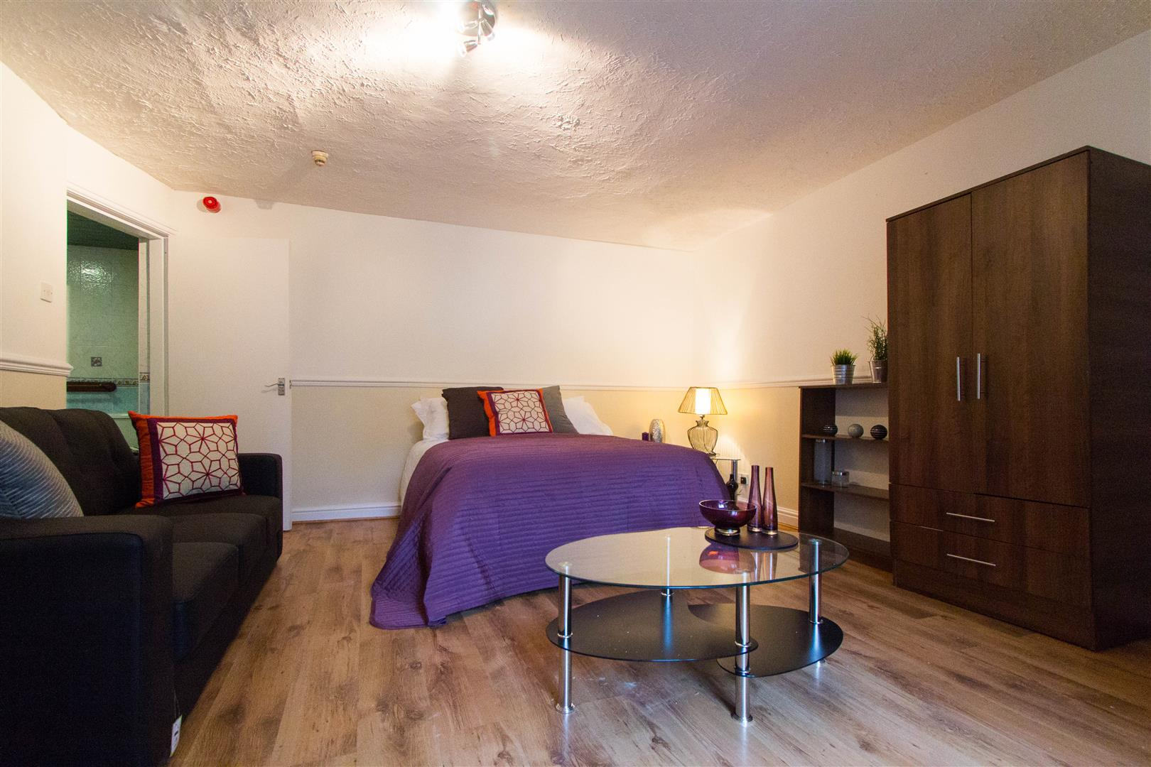 One Bed Flat Leeds 1 Bed Studio Hyde Park Road Leeds 130 99 Span Class Unit Pw