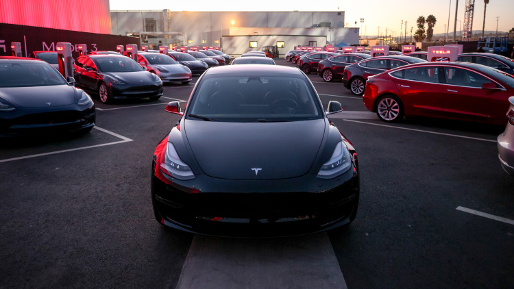 Are you sure you still want the $35,000 Tesla Model 3?