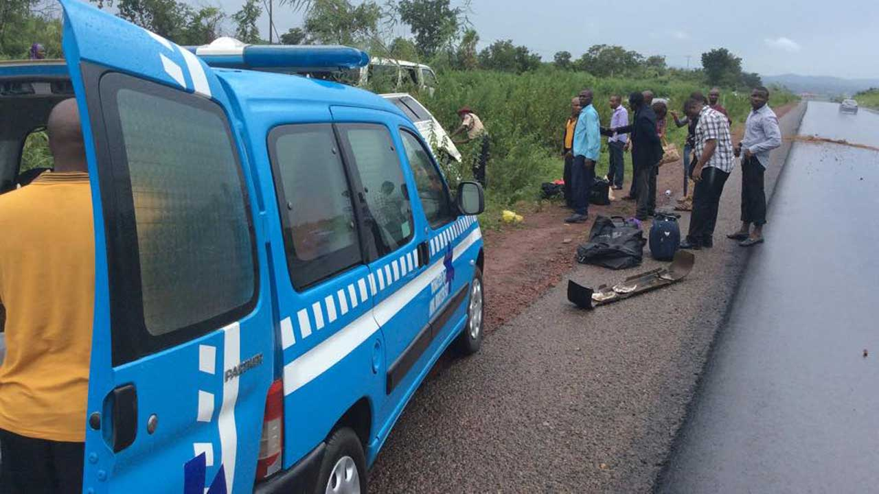 Injured In Accident Two Kids Die 98 Injured In School Bus Accident In Jos Reporters