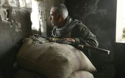 Kurds threaten Assad in Syria