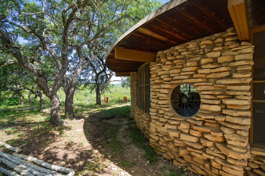 Farmhouse For Sale In Texas Lands Of Texas Acreage Real Estate Ranch Texas Hunting Ranch Deer