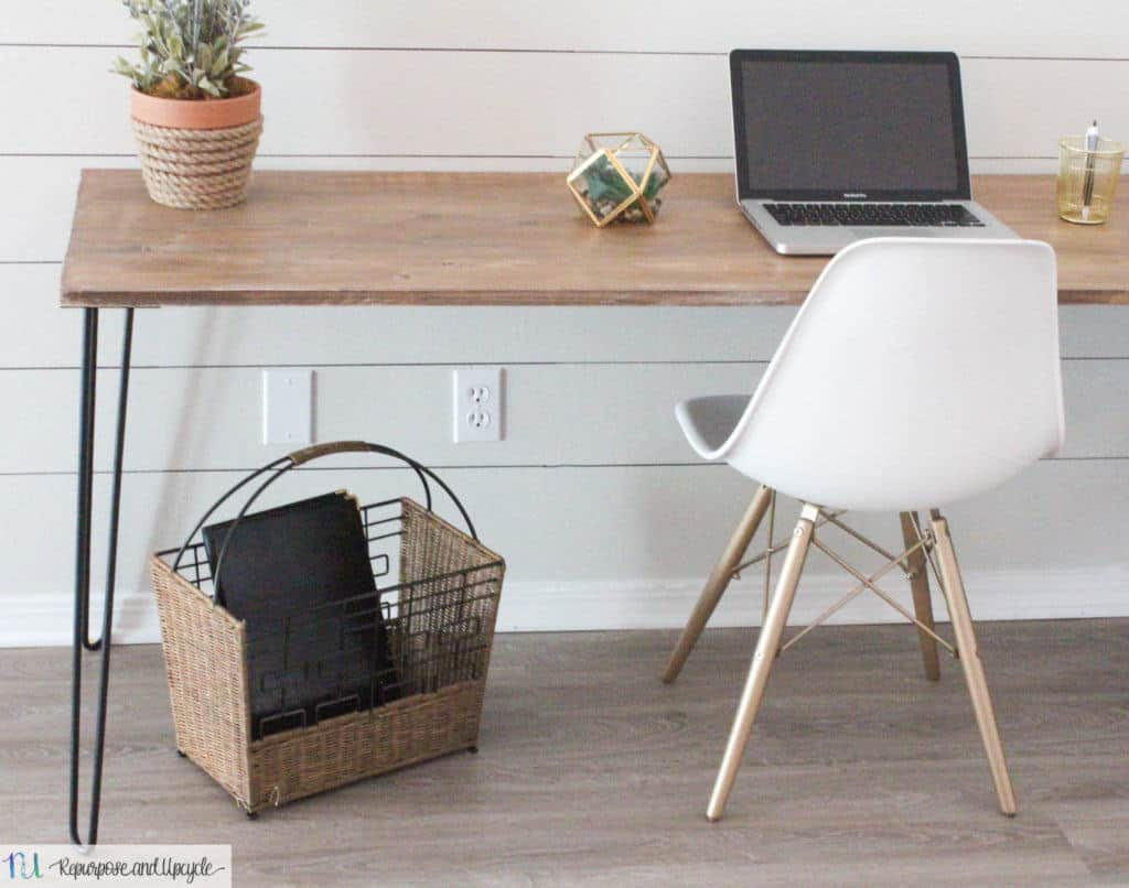 Diy Desk With Hairpin Legs Diy Hairpin Leg Table Anyone Can Create