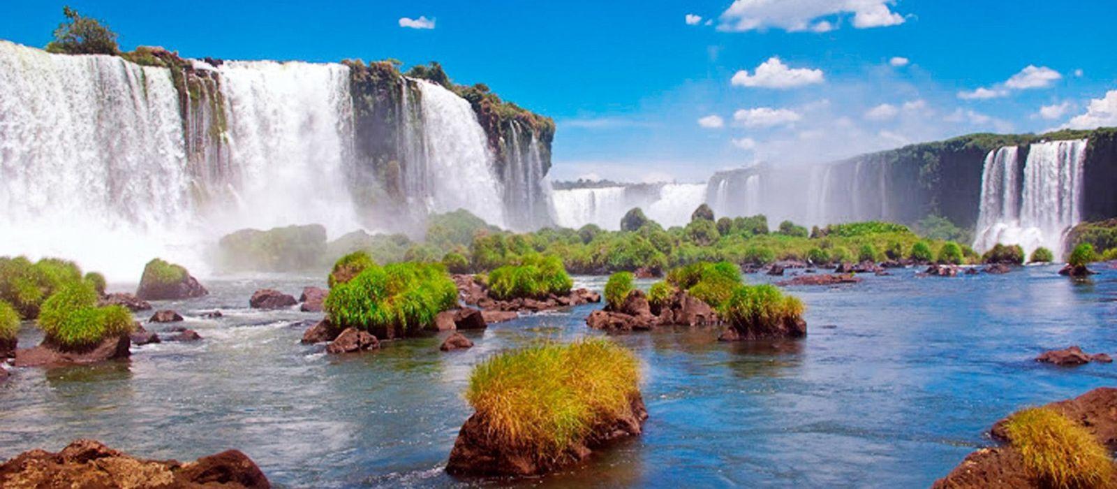 Iguazu Falls Brazil Wallpaper Exclusive Travel Tips For Your Destination Foz Do Iguacu