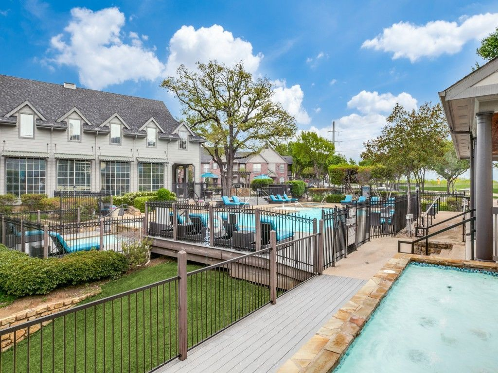 Garage Apartments For Rent Grapevine Tx Cross Creek At Grapevine Ranch Apartments For Rent
