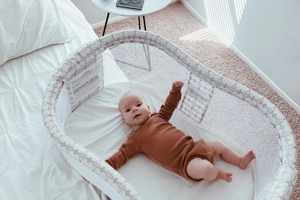 Newborn Bassinet Best 7 Best Bassinets Of 2020