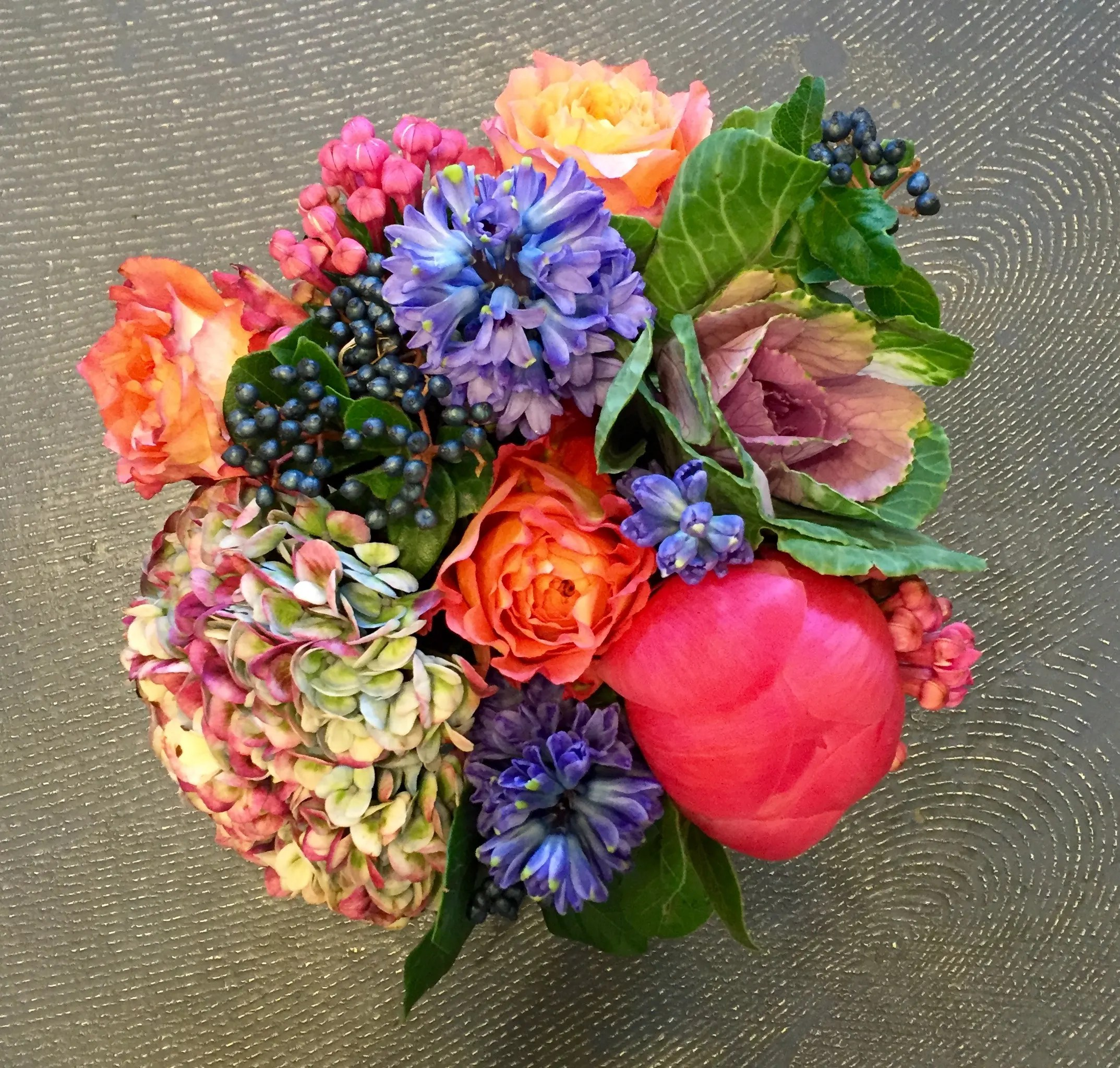 Beautiful Pictures Of Flowers Beautiful Quality Flower Arrangement In A Glass Square In Scarsdale Ny Colonial Village Flowers
