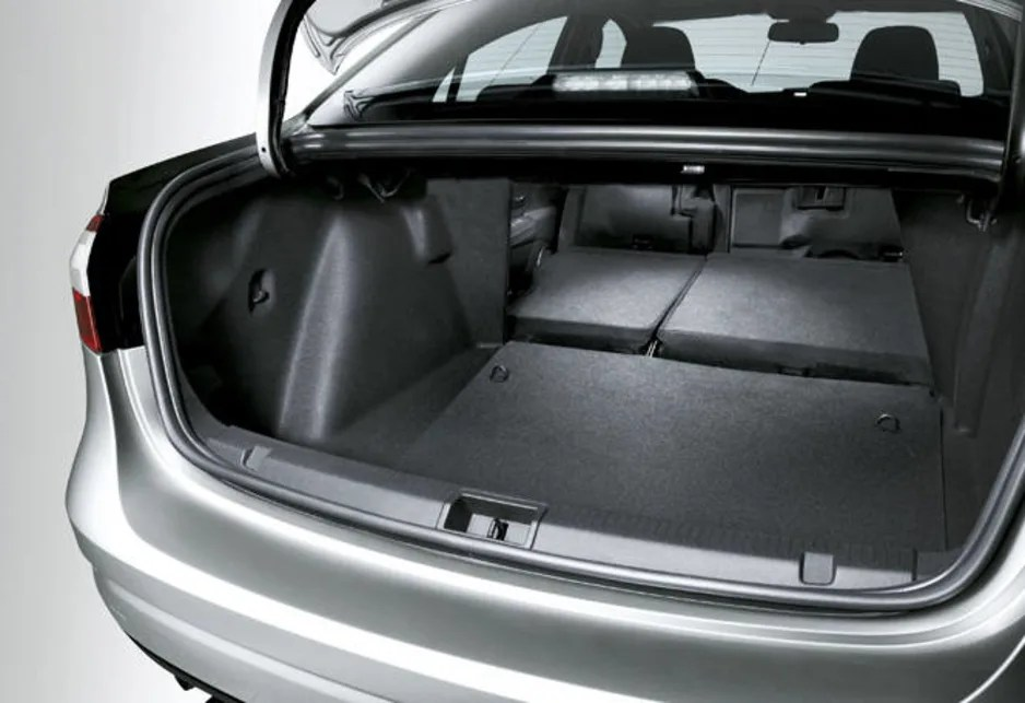 Renault Fluence 2011 Review Carsguide