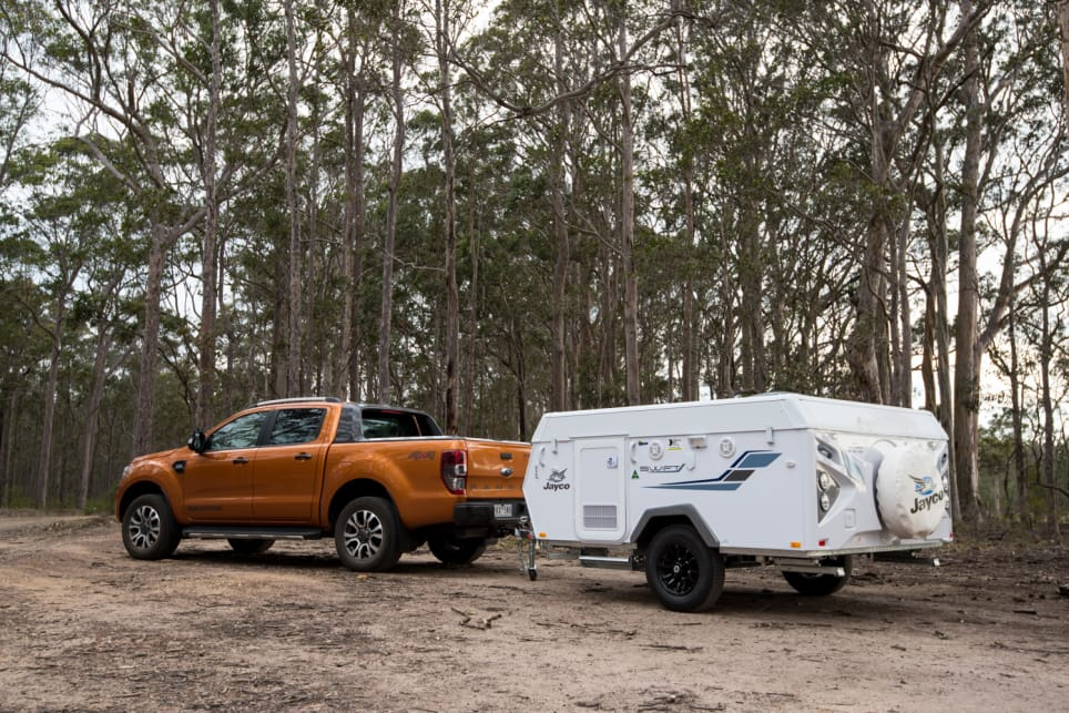 Jayco Swift Touring 2018 review CarsGuide