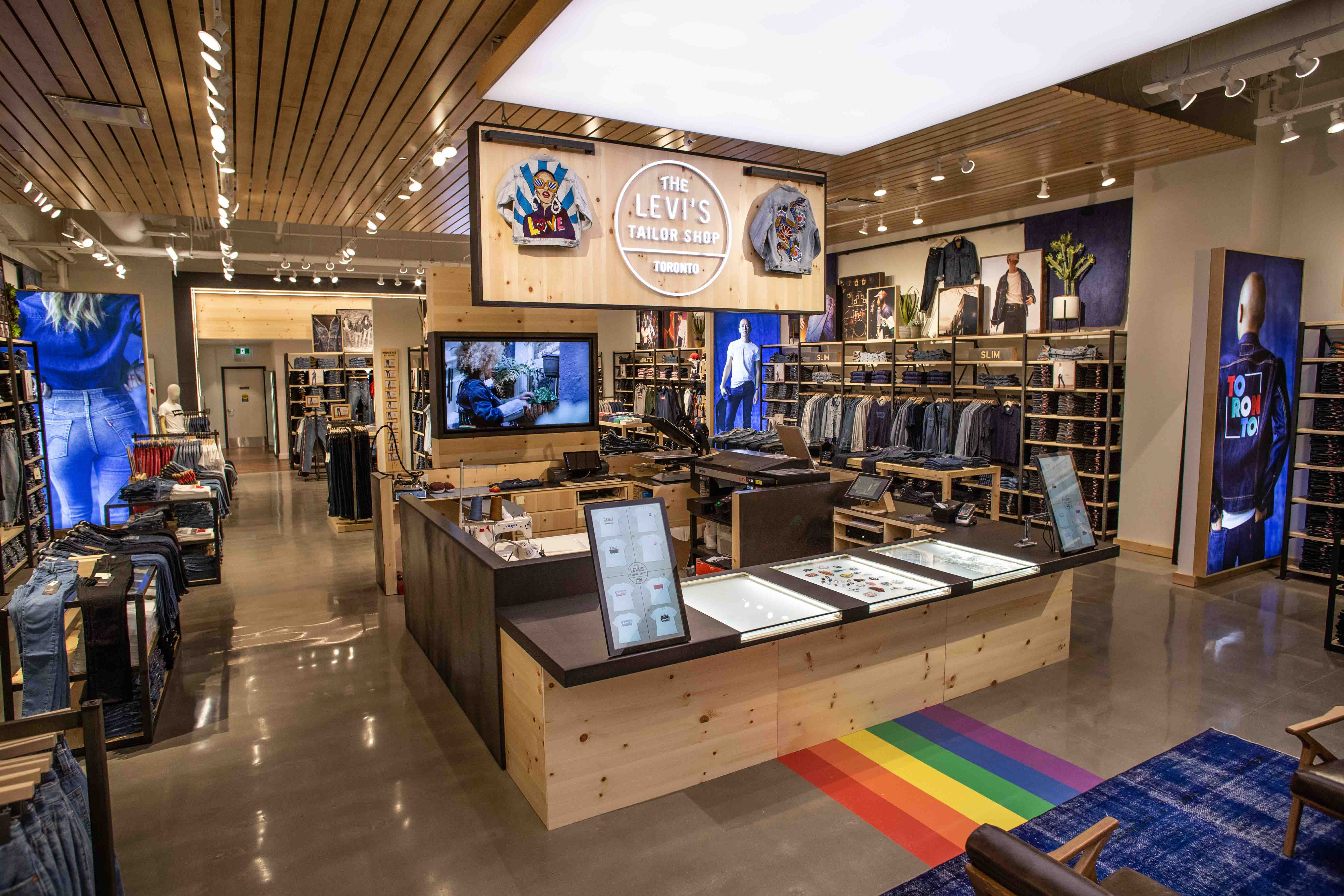 Levis Shop Levi's New Canadian Flagship Store Is The Only Store In ...