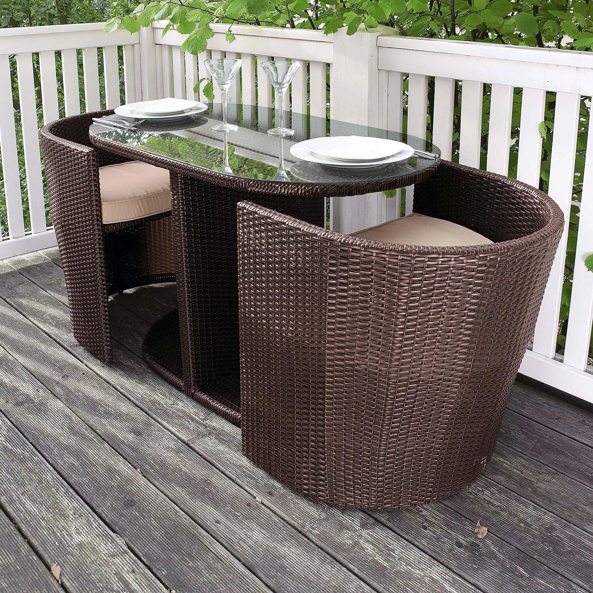 Balkonmobel Platzsparend Bildquelle Paul Prescott Shutterstock