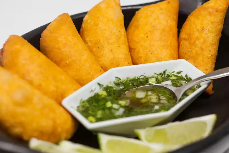 Foods To Try In Colombia Food Travel In Colombia What