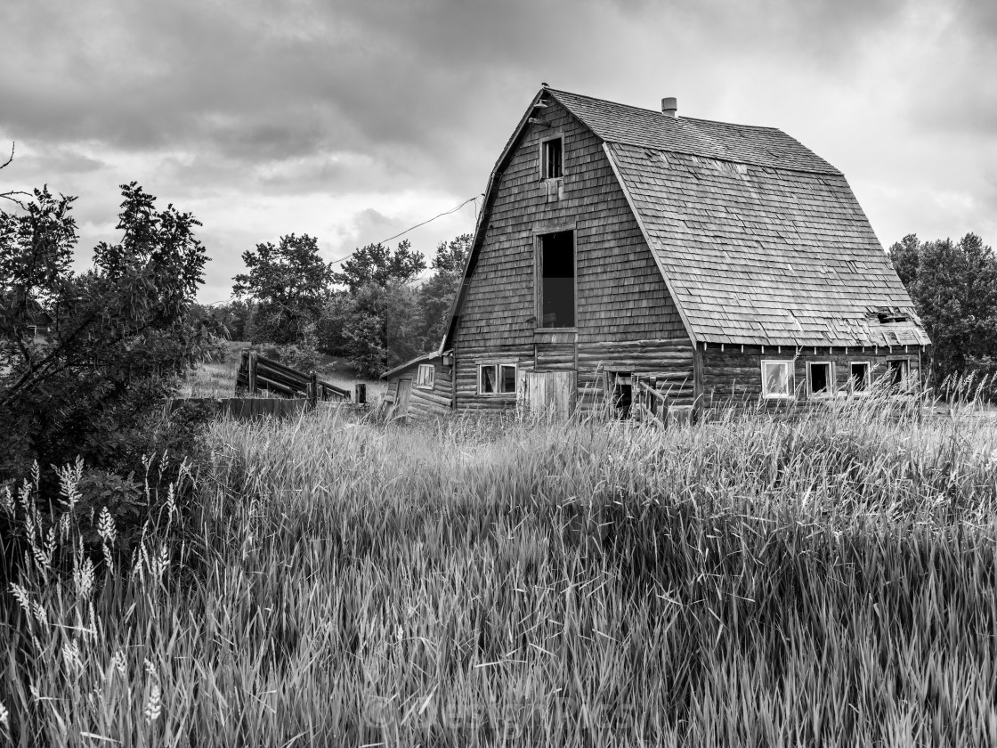 Old Barn On The Canadian Prairies Parkland County Alberta Canada License Download Or Print For 30 32 Photos Picfair