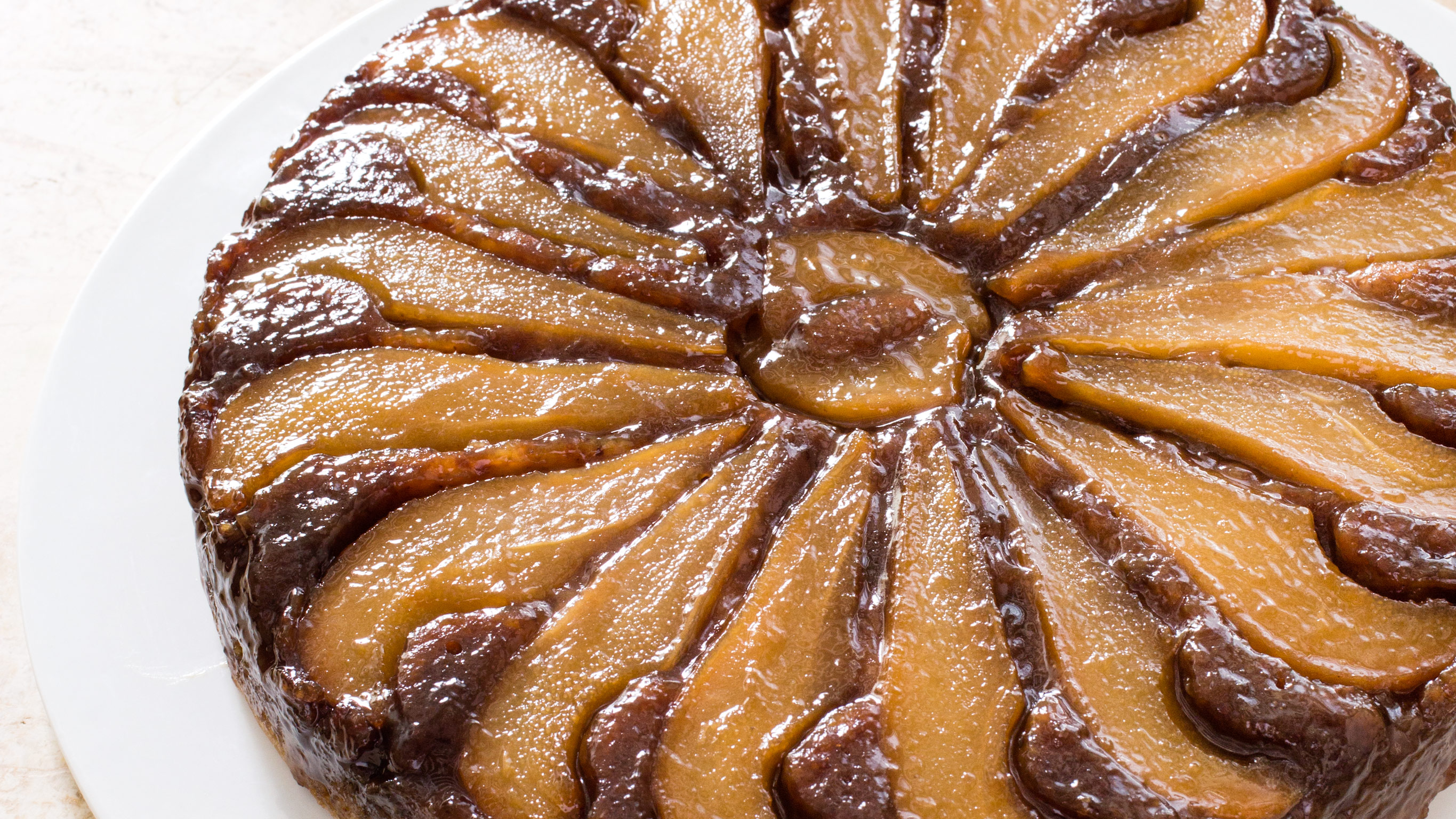 Küche Magazin Vkd Pear Walnut Upside Down Cake Cook S Illustrated