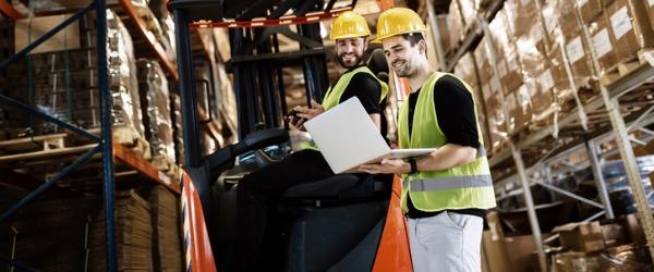 What does a shipping/receiving clerk do? \u2010 CareerExplorer