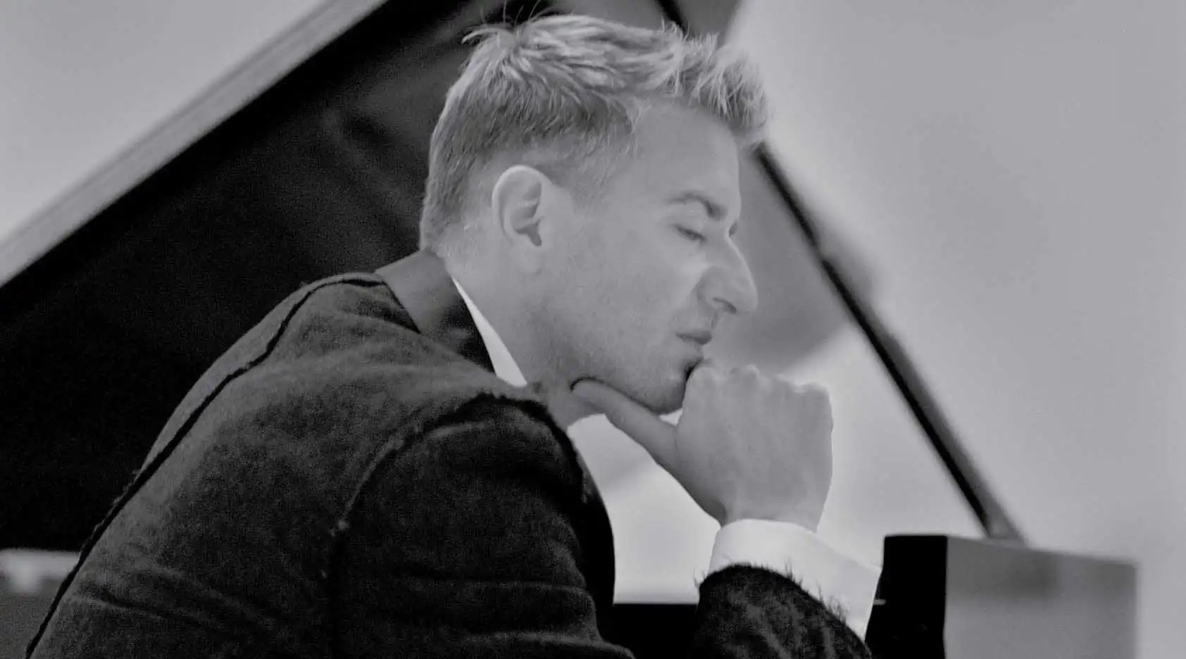Kinder Second Hand Laden Leipzig Grieg S Piano Concerto Featuring Thibaudet