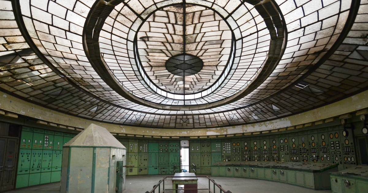 Industrial Vintage Top Filming Locations - Art Deco Power Plant In Budapest