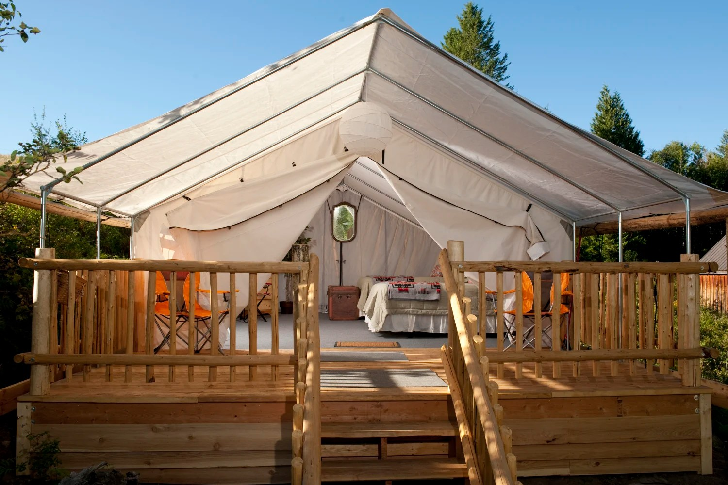 Https Www Seattlemet Com Travel And Outdoors 18 Amazing Northwest Cabin Rentals Washington State