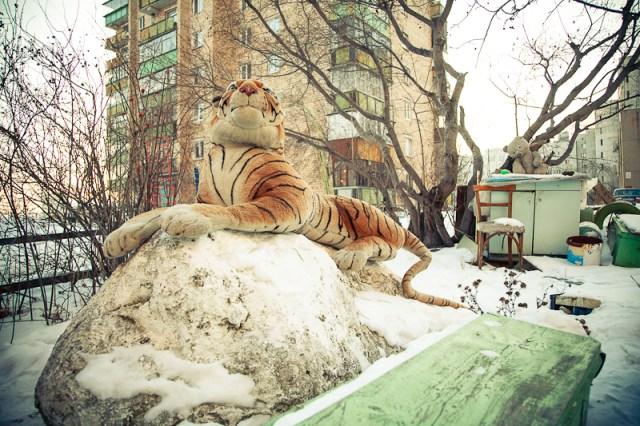 Двор на Гурзуфской, Екатеринбург, 2012
