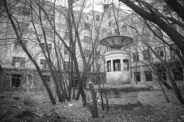 Заброшенная больница, Екатеринбург, 2012