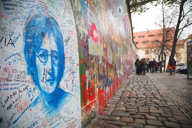 Стена Леннона, Прага, 2012