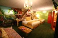 Madonna Inn | San Luis Obispo, CA 93405