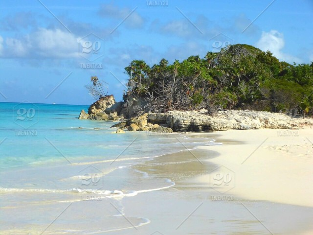 Private Island in Turks and Caicos stock photo dfabc129-c4ee-4594