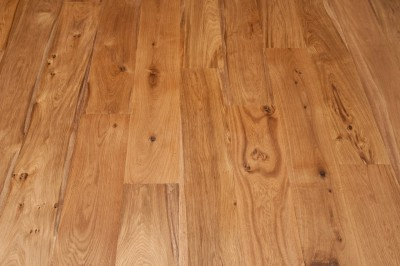 How Wide Or Narrow Wood Flooring Will Affect Your Decor