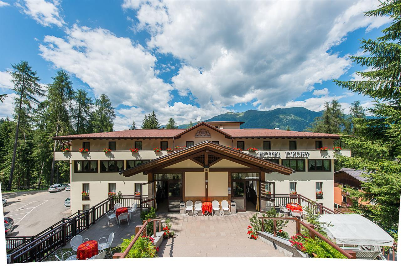 Hotel Caminetto Folgarida Booking Val Di Sole