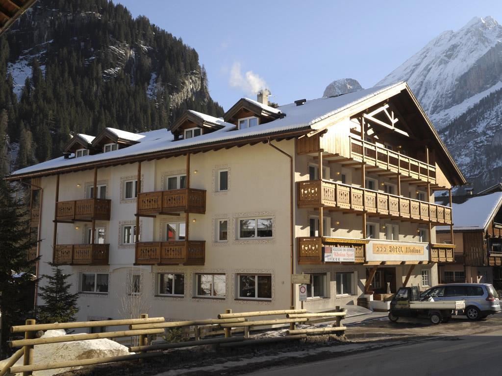 Hotel Soggiorno Dolomiti Campestrin Di Fassa | Hotel Alaska ...