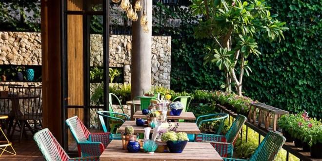 Java Adasında Doğal Tropikal Bir Mekan (1)